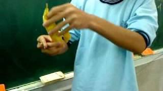 快速剝香蕉!簡單易學~~
