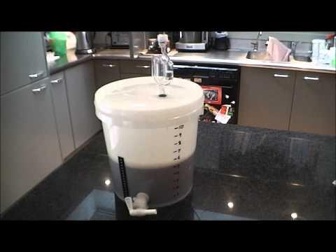 Small Batch Homebrewing Advantages - 1 Gallon / 5 Litres (Pale Ale Recipe)