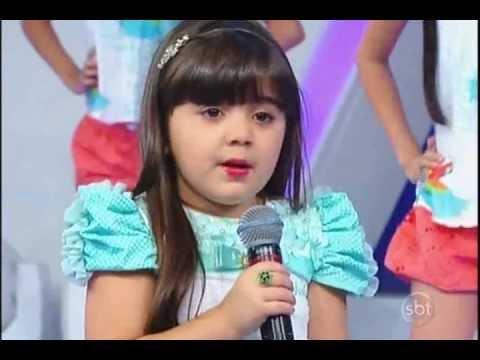 Programa Raul Gil - Manuela Munhoz (Manu) dá Show cantando Pássaro de Fogo.26/01/2013