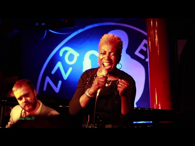 Grace | Carmen Lundy (Pizza Express Jazz Club | Soho