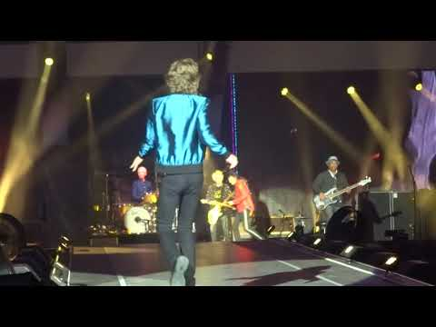 """The Rolling Stones """" Miss You"""" @ U Arena, Nanterre, 19 Oct 2017"""