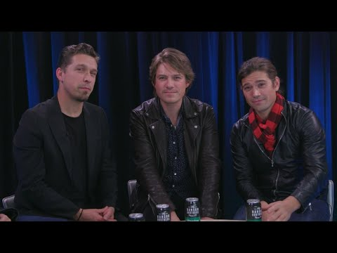 Download Youtube: Hanson Celebrates 25 Years of Performing: How Being a Boy Band Helped Them Find Love