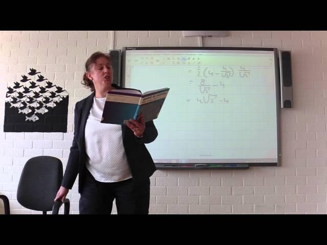 V4 wiskunde b H4 oppervlakte van vlakke figuren 16-3-15 L. in t Veld