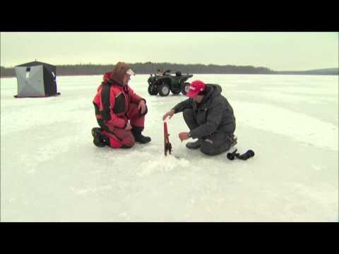 Canadian Sportfishing - Ice Fishing Pike On Little Lake