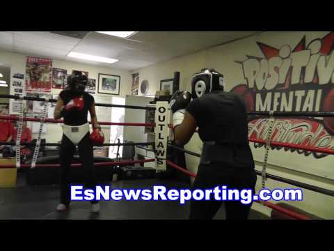 mia st john sparring at outlaws - EsNews boxing