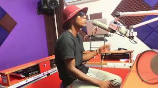 CHANTA BOY AKIHOJIWA LIVE NA JONIJOO TIMES FM TZ JUU YA VIDEO YA [KAMWAMBIE ]