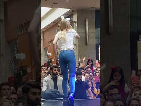 Aleyna TİLKİ Çalkala çalkala göbek show