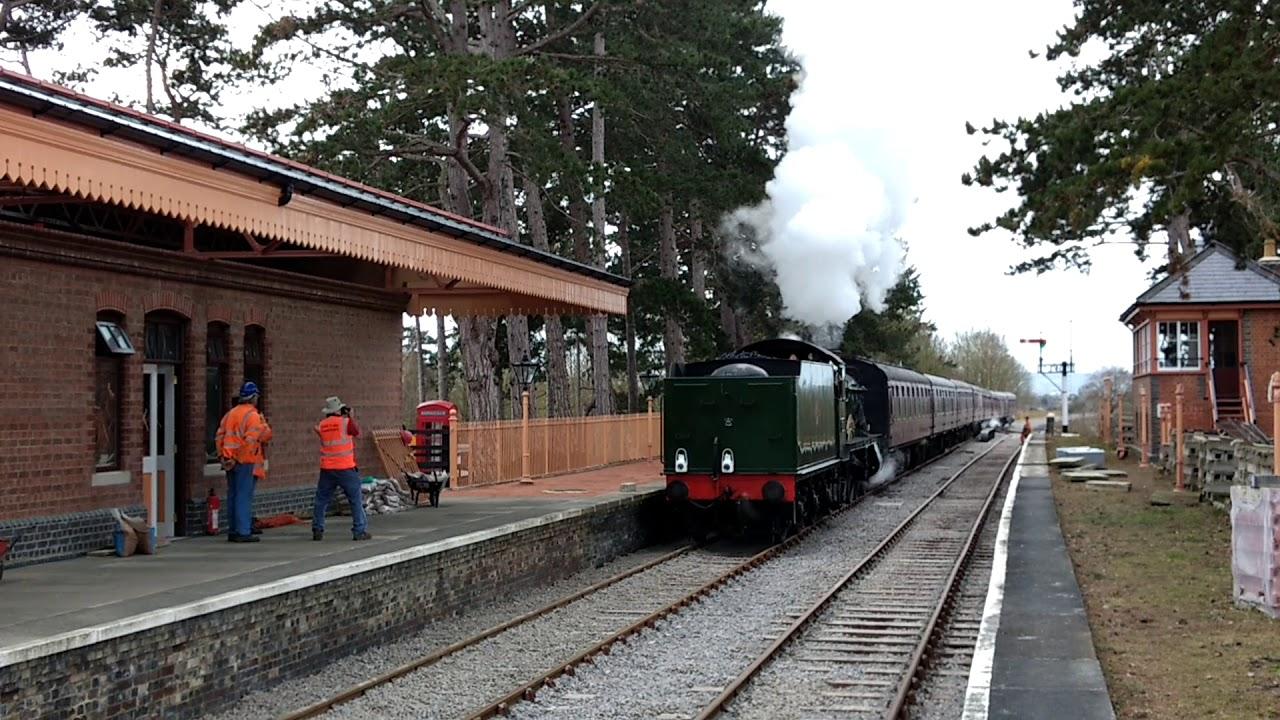 broadway steam train