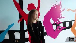 За кадром занятий по актерскому мастерству, вокалу и хореографии для детей в Одессе
