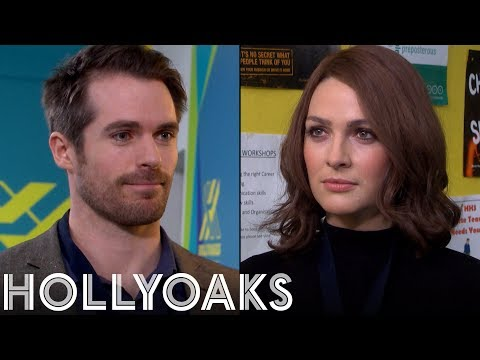 Hollyoaks: Laurie's Twisting Things