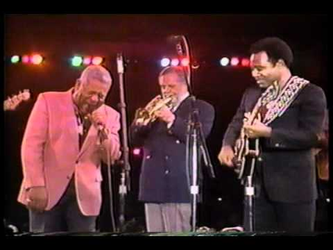 Dizzy Gillespie and George Benson - Blues
