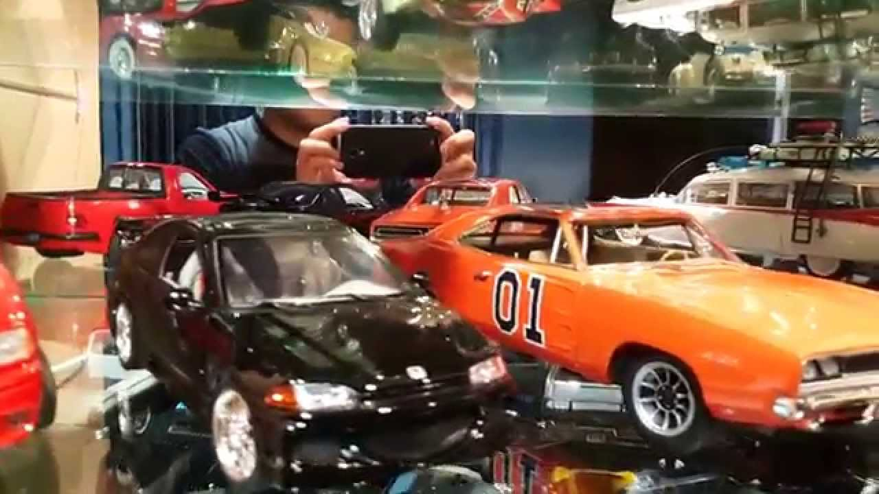 Coleccion De Carros A Escala 1 18 Youtube