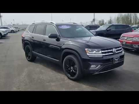 2019 VW Atlas 3.6 SEL Premium 4Motion with captain's chairs