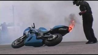 Very stupid - blowing up engine - extinguish fire fail