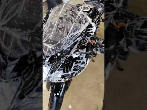 Motorrad waschen in Autowaschanlage :O ...Motorrad-Wäsche - AWCWinkler