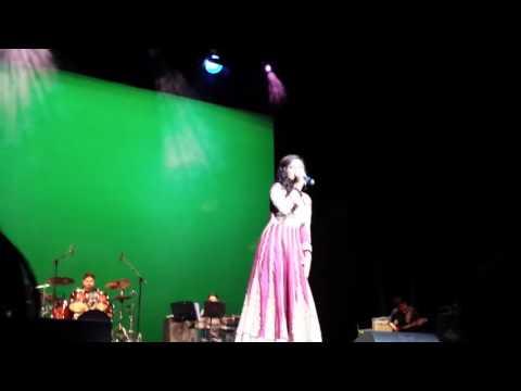 Lag ja gale Shreya ghoshal live