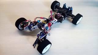 RC автомобіль з мотор-колесами