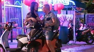 Cambodia Nightlife - Phnom Penh after midnight...