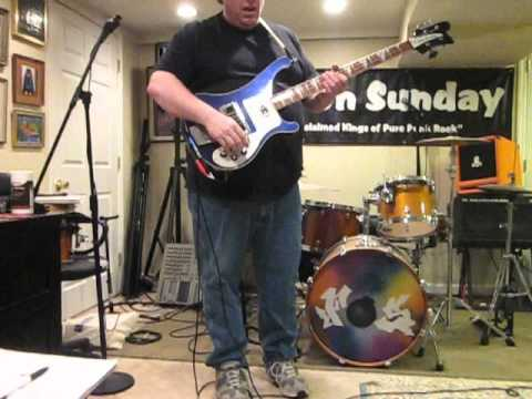 Stereo Rick-o-sound option on a Rickenbacker 4003 Bass - YouTube