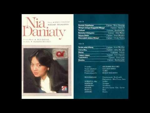 Nia Daniaty - Cinta Biru