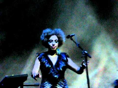 Massive Attack - Teardrop (Live @ Chevrolet Hall Belo Horizonte - Brazil)