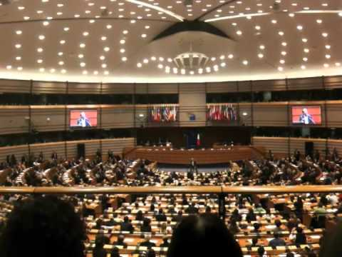 roberto benigni al parlamento europeo bruxelles 10 11