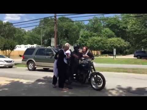 Norman Reedus in Senoia with fans