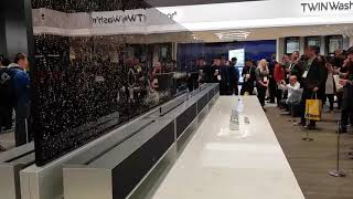 [CES 2019]  세계최초 롤러블 TV, LG OL…