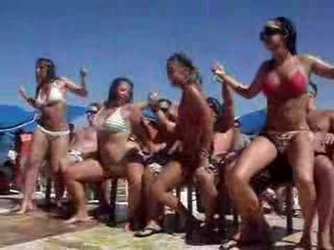 Crazy Spring Break Girls on the Beach - Video Porno