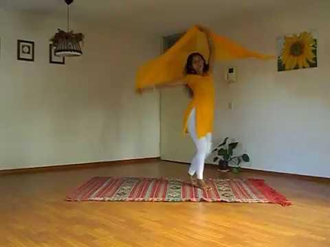 Maye Ni Maye - Madhuri Dixit song (Hum Aapke Hain Koun)