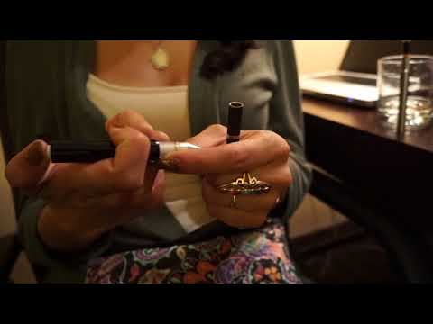 @GanjaModels demonstrates #Dablicator with #Vape Pen