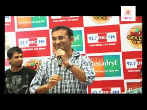 Aankhen Bhi Hoti Hai- Abhijeet Bhattarcharya says that somebody disturb to when he sing a Song