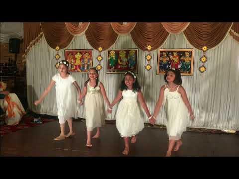 UK Prabashi Durga Puja 2017 - Aawara Bhawren Jo Hole Hole Gaaye