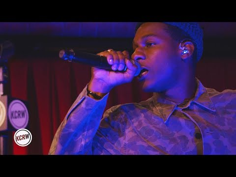 "Leon Bridges Performing ""If It Feels Good"" Live At KCRW's Apogee Sessions"