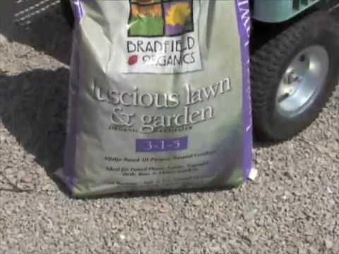Choosing Lawn Fertilizer