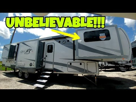 BIG FAMILY? Check out this AMAZING 5th Wheel Floorplan!
