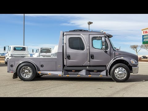 2006 FREIGHTLINER M2 106 SPORT CHASSIS HAULER - Transwest Truck Trailer RV  (Stock #: 5U170576)