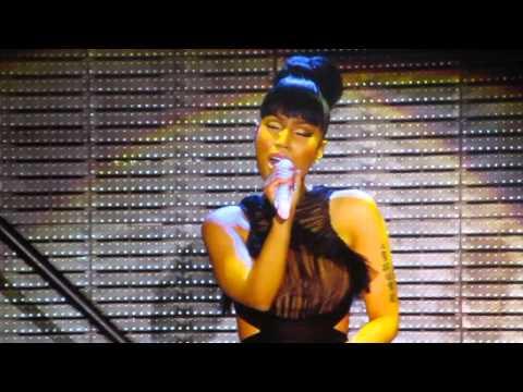Nicki Minaj - Grand Piano - The Pinkprint Tour 2015