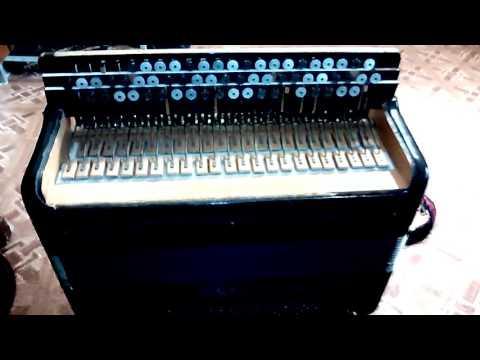 Баян 'Ясная поляна' ремонт правой клавиатуры.
