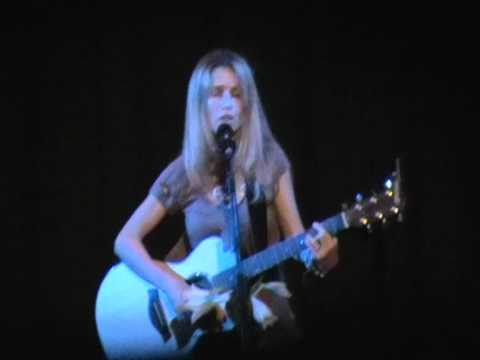 Heather Nova - Ear To The Ground.mpg