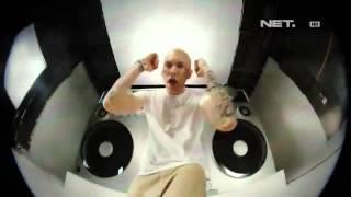Video Entertainment News - Eminem rilis video klip terbaru download MP3, 3GP, MP4, WEBM, AVI, FLV Desember 2017