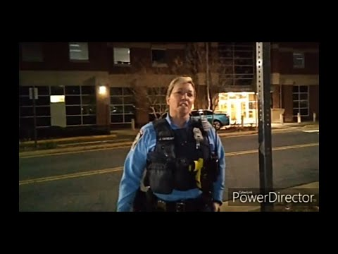 Police Approach Me for Filming, Ask for ID, No Cooperation