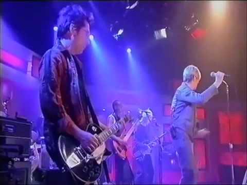 David Bowie   Modern Love (Live)