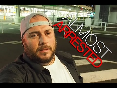 ALMOST ARRESTED AT PERTH AIRPORT - Ep.072