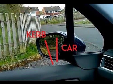 Tim shows how the kerbline looks in left door mirror during reverse round a left corner