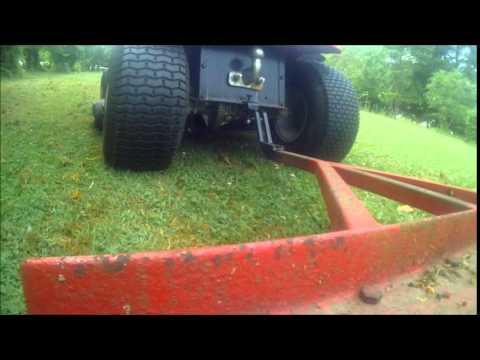 Passage herse de prairie pour jardin youtube - Remorque de jardin pour autoportee ...