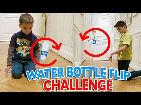 WATER BOTTLE FLIP CHALLENGE FR 💦 | Swan VS Néo
