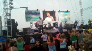 Josh Turner - Jesus is the Answer