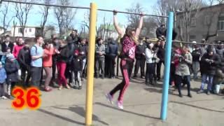 Devojka uradila 41 zgib! Svetski rekord u zgibovima za devojke