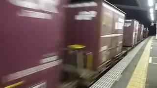 武蔵野線を走る貨物列車 桃太郎EF210形電気機関車